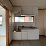 清潔感ある新品のホワイトキッチン(キッチン)